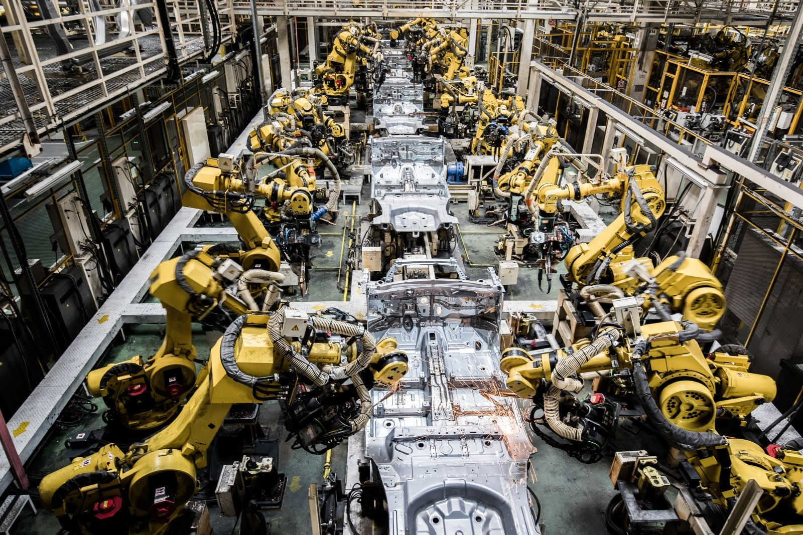 Texas manufacturing sector sees slow growth
