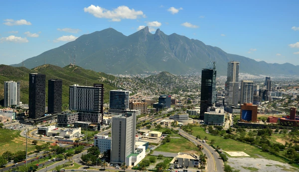 Foreign firms maintain projects in Nuevo Leon