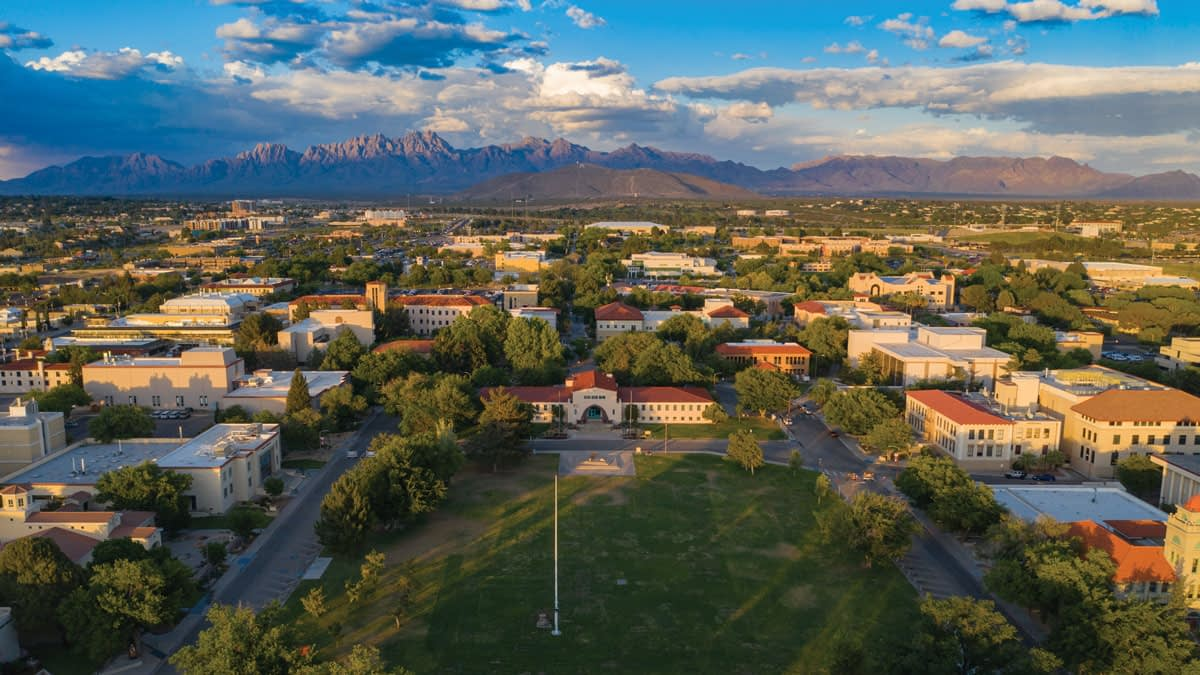 University of New Mexico offers money to its students vaccinated against Coronavirus