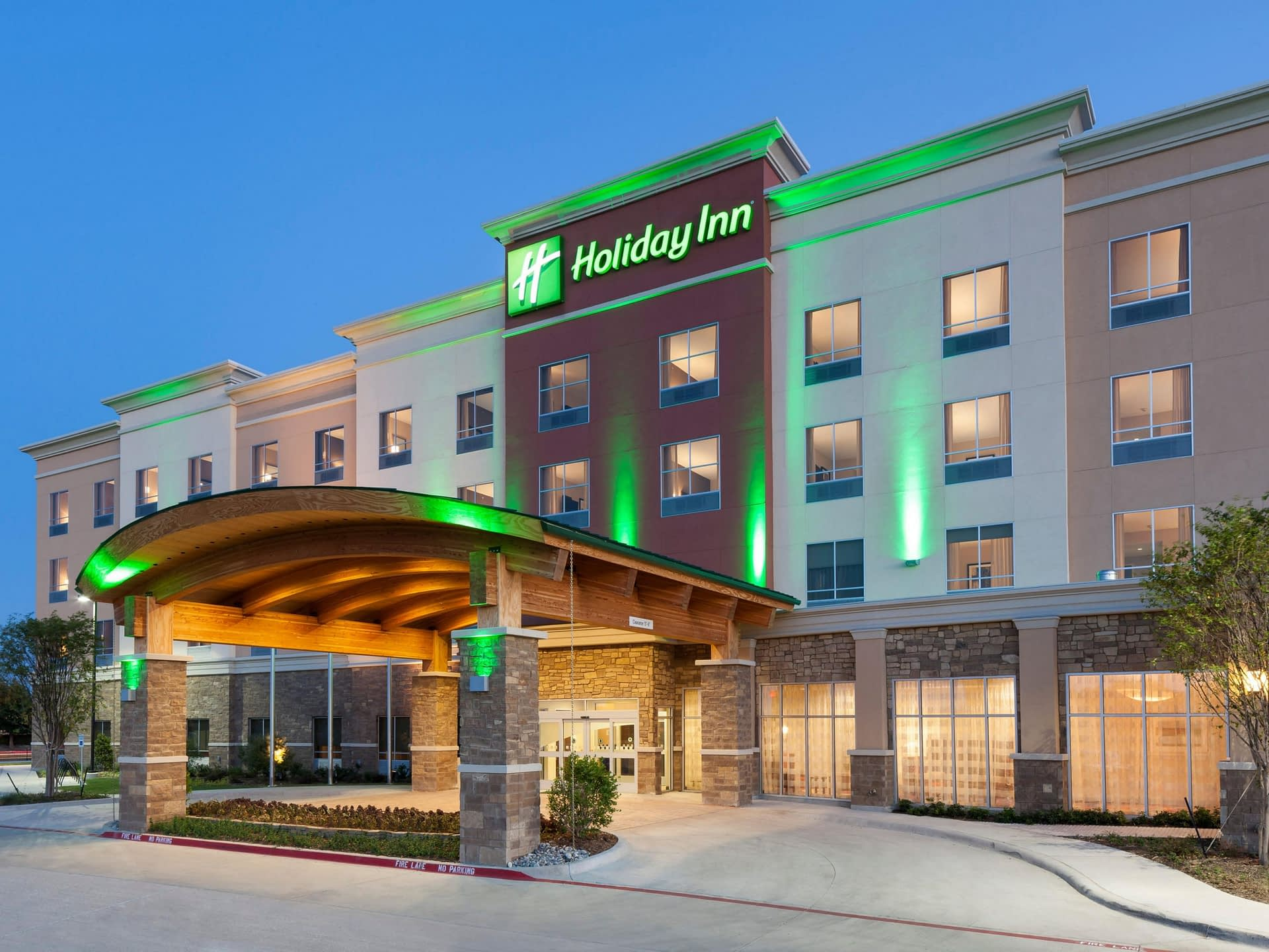 Bottom drops out of Texas hotel market in second quarter