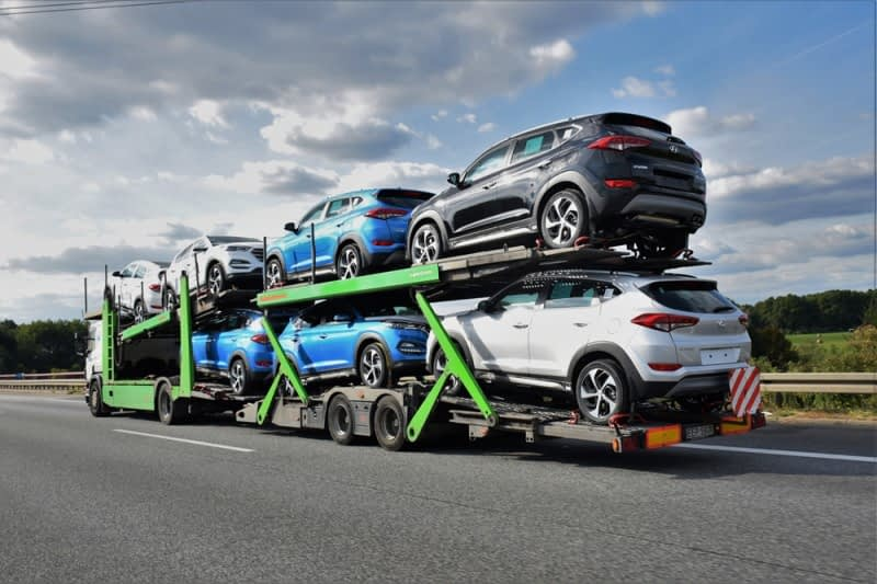 Vehicle and electronics exports to the U.S. drop in May