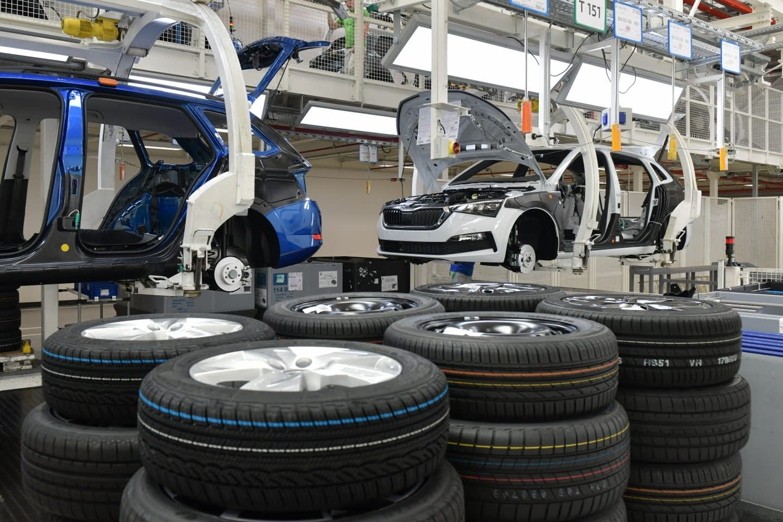 Big Auto Manufacturer Expands in Baja California
