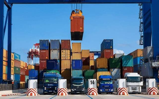 COVID-19 decreased 32% of foreign trade revenues
