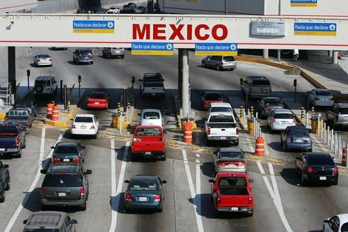 Long lines reported at border crossing